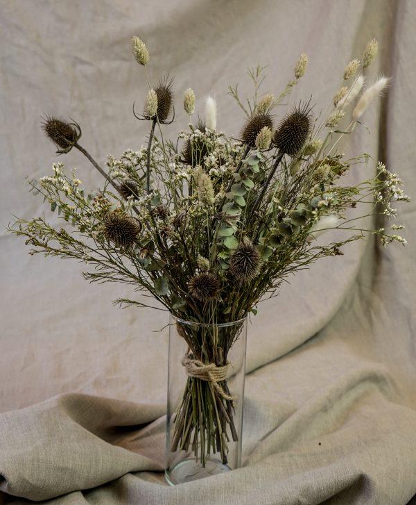 Malá kytica zo sušených kvetov